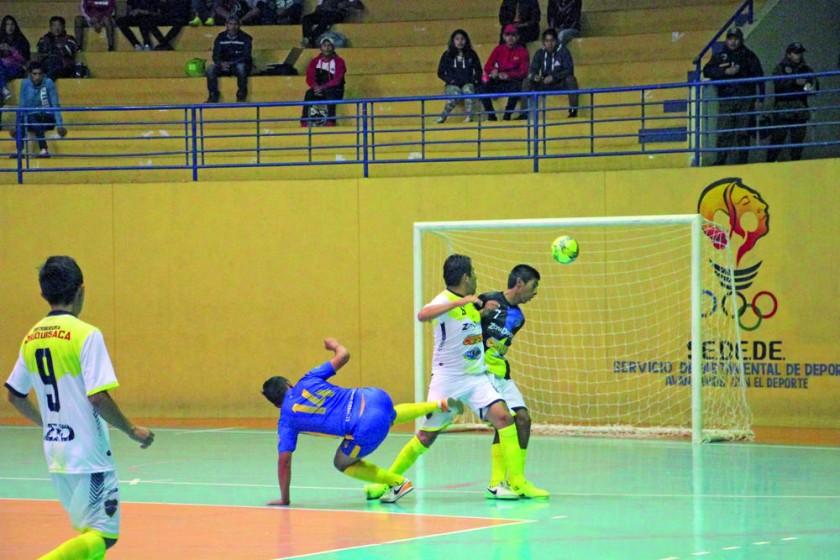 El representante chuquisaqueño perdió anoche frente a Joyas Sport, en la segunda jornada de la Dimafusa.
