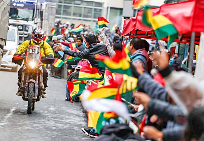 Bolivia abre  sus puertas