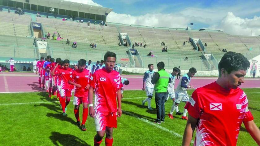 Las selecciones chuquisaqueñas sumaron ayer sólo un punto en Oruro, por la decimoquinta fecha de la Copa.