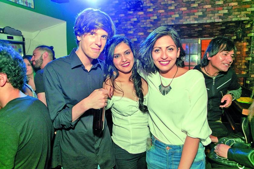 Nicolo Cianfana, Daniela Mendoza y Laura Gamarra.