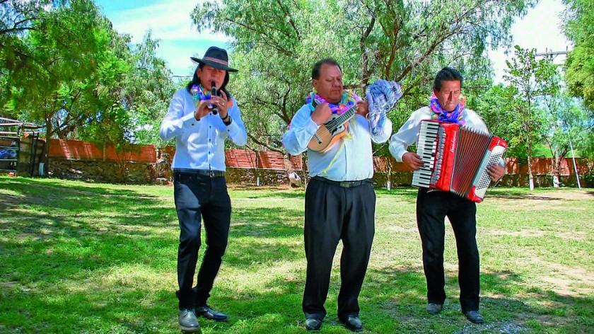 René Figueroa, Jhonny Mendoza y Johnny Coila.