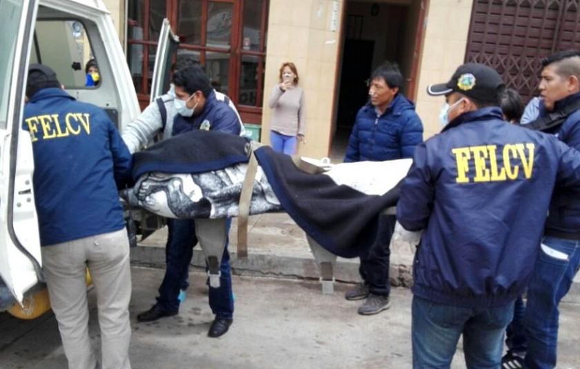 Este es el momento del levantamiento de cadáver. Foto: CORREO DEL SUR