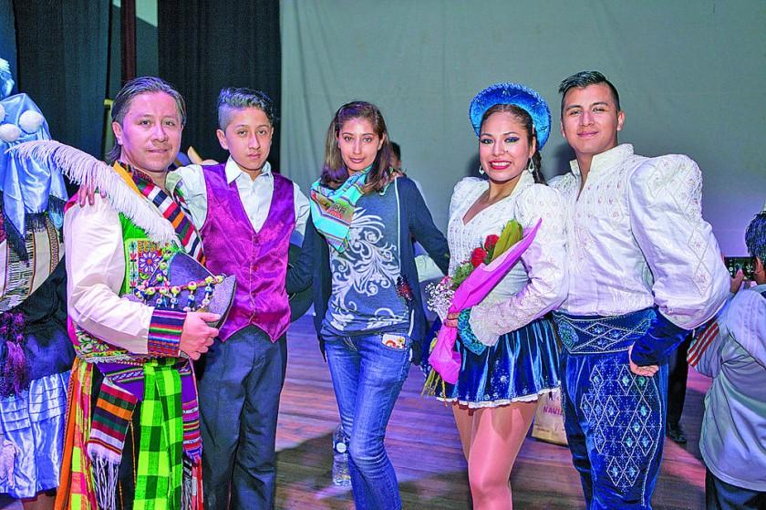 Directores: Dennis Zamorano, Justin Zamorano, Karen Montaño, Ariadna Garnica y Osmar Mercado.