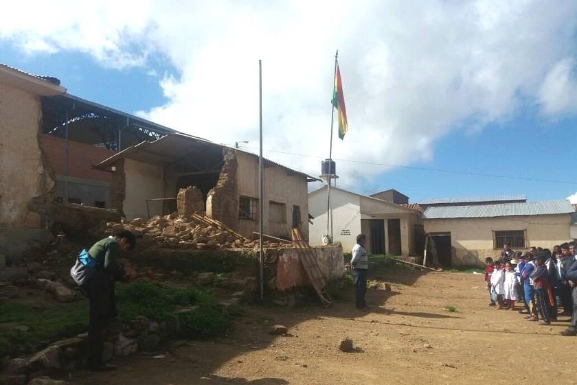 Así comenzaron las clases en la Unidad Educativa Jesús  Maestro del municipio de Tarvita. Foto: Gentileza