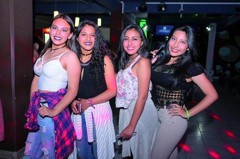 Katherine López, Jhanina Flores, Milenka Baptista y Alejandra Torres.