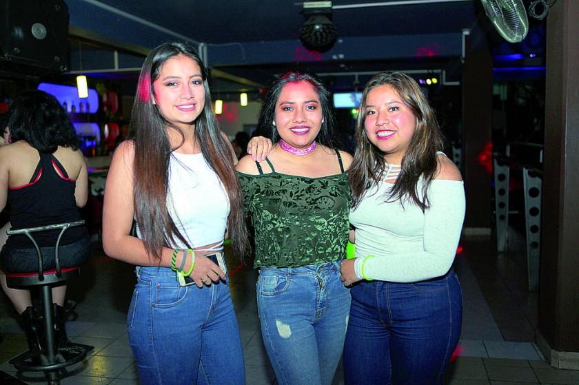 Dayana Ruíz, Camila Sandoval y Gabriela Villalba.