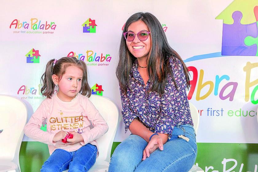 Sara Céspedes y Andrea Téllez.
