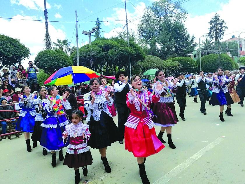 Sucre revalida su apuesta por las tradiciones y alegría de antaño