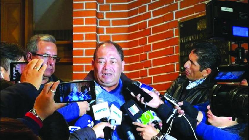 MINISTRO. Carlos Romero.