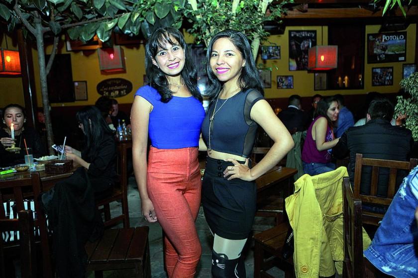Noelia Mariscal y Karen Ruíz.
