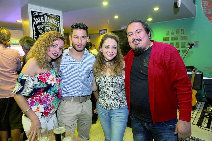 Annie Montalván, Christopher Stenz, Danny Navas y Mario Ávalos.