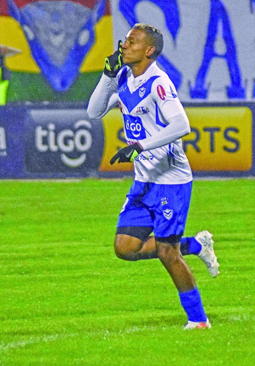 El equipo santo perdió 3-2 en el partido de ida y de ganar hoy, puede acceder a la siguiente fase de la Copa.