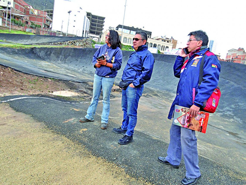 Con la presencia de un comisario de la UCI, ayer se realizó una inspección a la pista de Garcilazo, pensando en la Copa