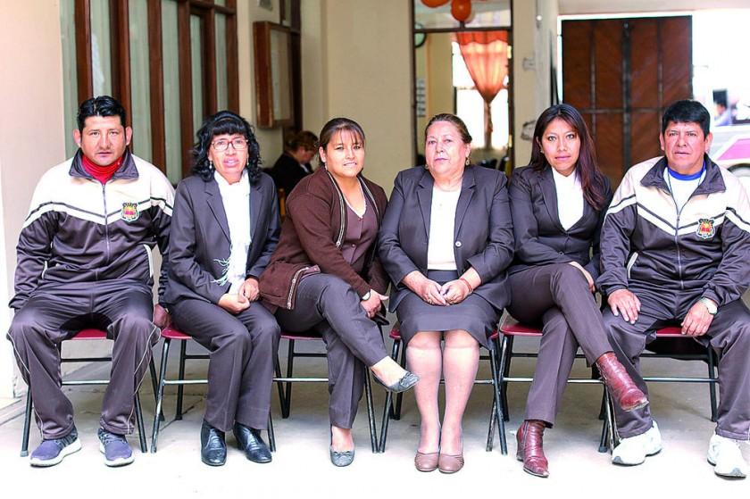 Ever Terán, Margareth Miranda, Lucia Condori, Ana María Serrano, Noemi Pareja  y Mijael Ortuño.