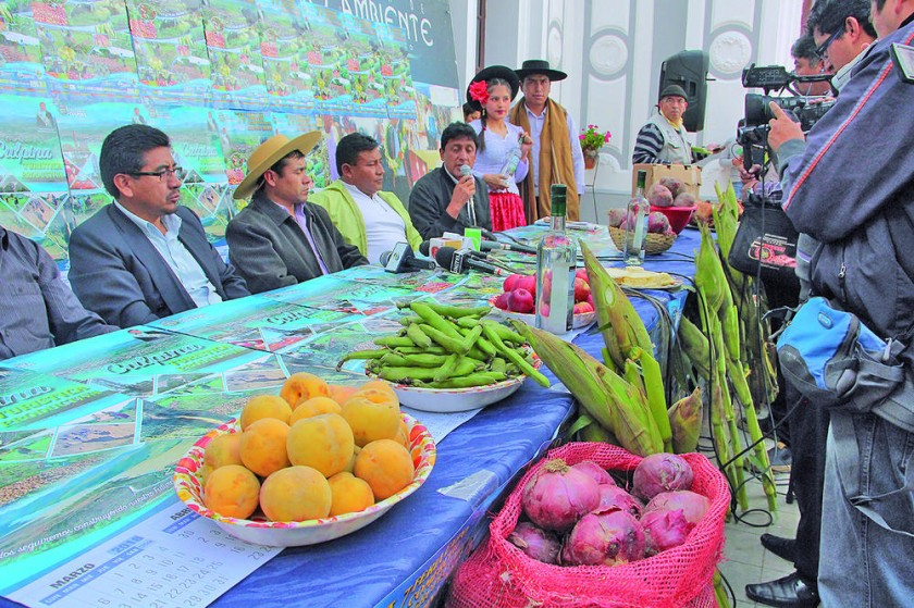 Ferias resaltan oferta productiva y cultural