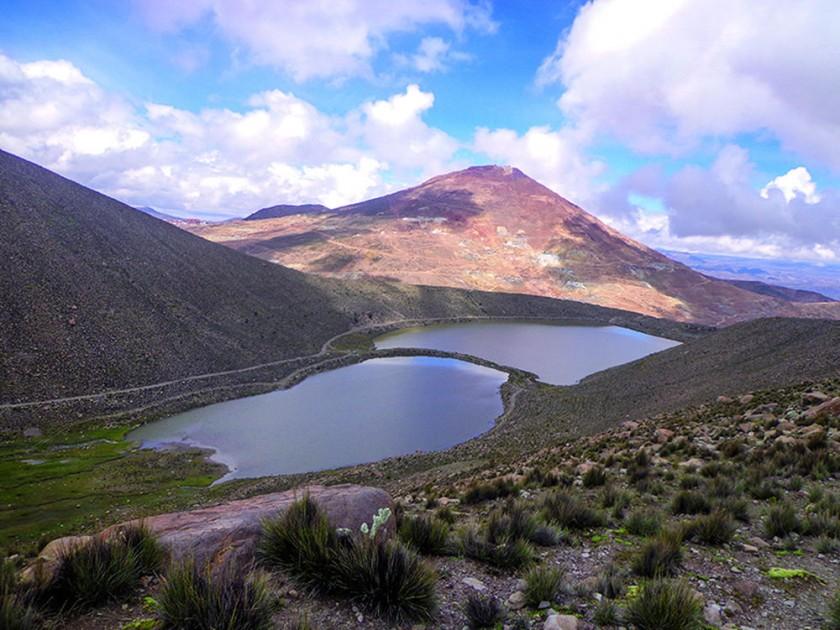 Belleza andina en las lagunas del Kari Kari