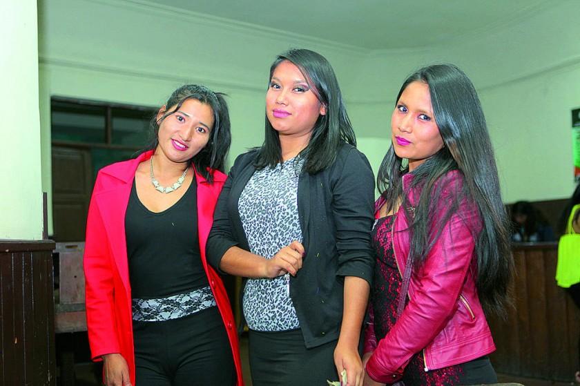 Danitza Ruíz, Yamile Salinas y Marisol Barrón.