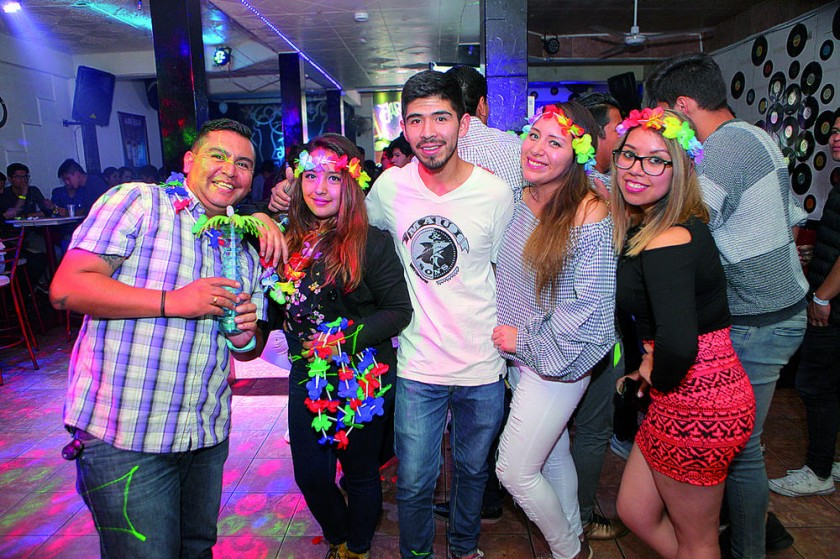 Organizadores: Orlando Flores, Paola Huachalla, Marco Sandy, Karen Gutiérrez y Paola Arévalo.