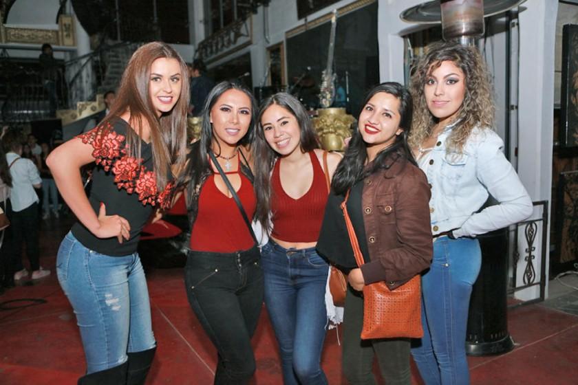 Camila Andrade, Alejandra López, Ale Sánchez, Mariana Machicado y Pao Medina.