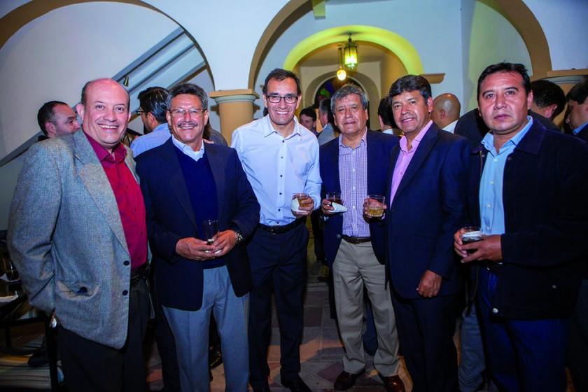 Antonio Céspedes, Ernesto Estepa, Arcenio Minaya, Fabio Porcel, Abdón Porcel y Roberto Varela.