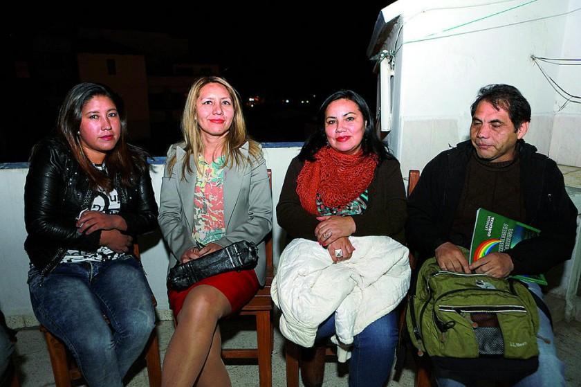 Carla Mendoza, Margot Marín, María Aguirre y César Rosso.
