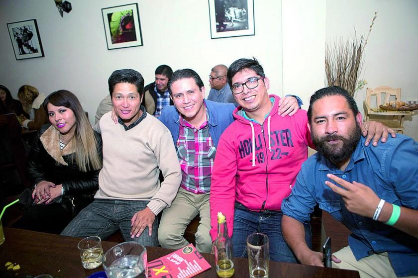Vianka Villafuerte, Javier Poquechoque, Héctor Tezanos, Freddy Vargas y Pedro Roca.