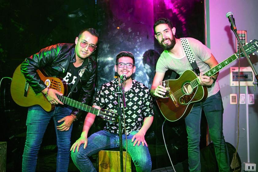 """""""Cero B"""": Rodolfo Mérida, Luciano Bacotich y Robert Mérida."""