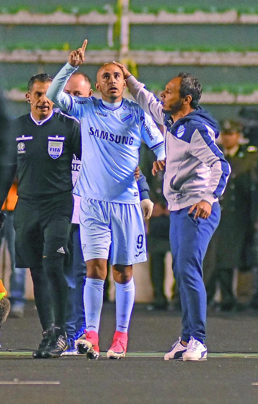 El delantero argentino Marcos Riquelme fue el autor del único gol del partido.