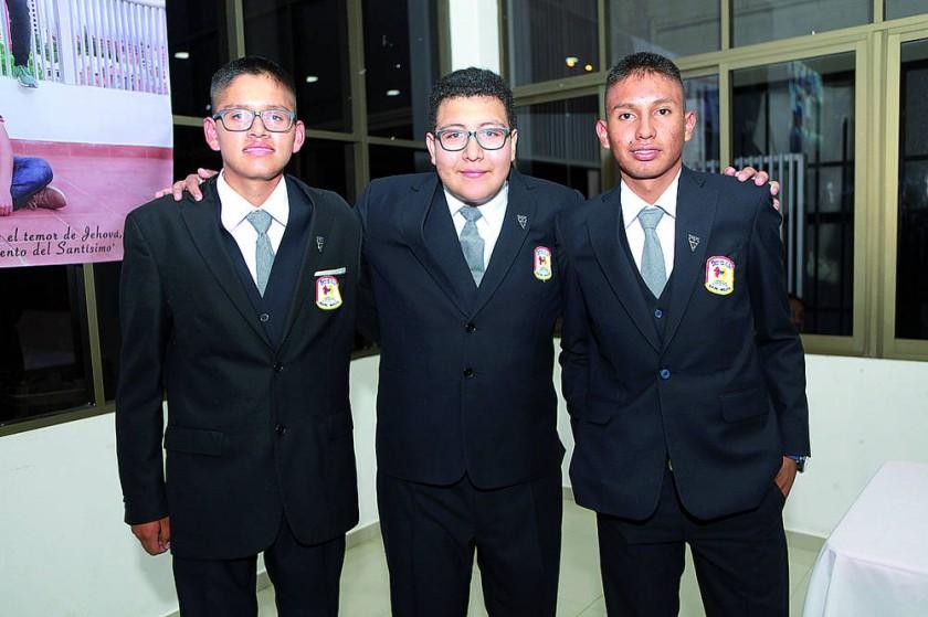 Kevin Plantarosa, Mauricio Zuleta y John Gonzales.