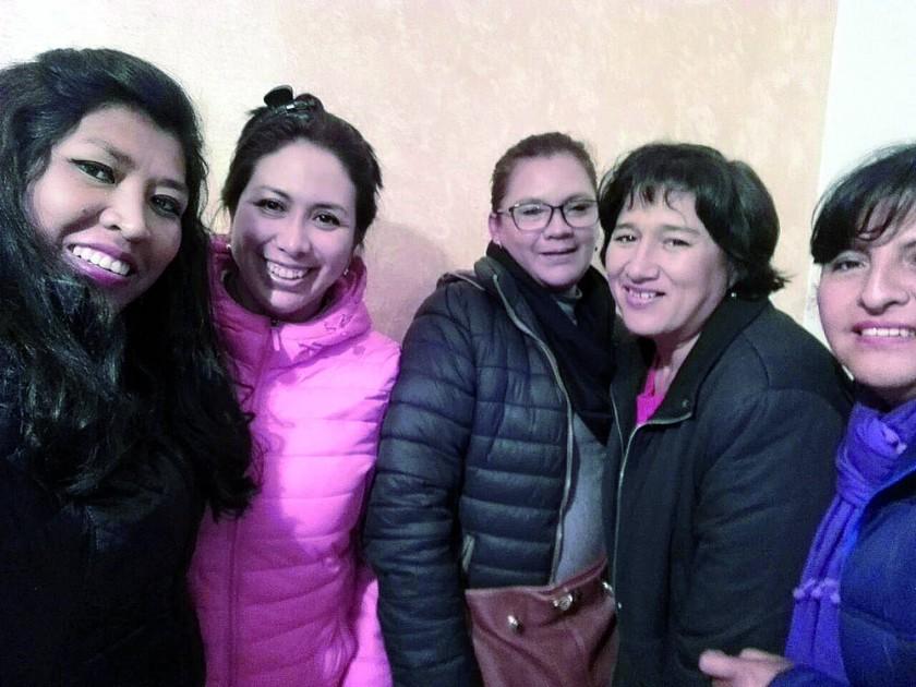 Juana Maturano, Liz Torricos, Lisbeth Ibañez,  Carmen Arandia y Elizabeth Díaz.
