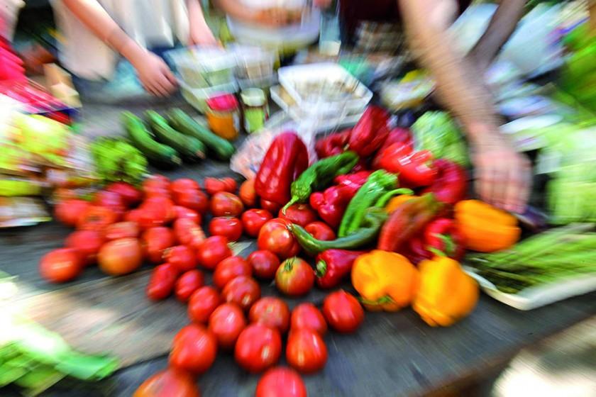 Los alimentos antitumorales son ricos en vitaminas A, C y E, especialmente. Tienen colores muy vivos y olores y...