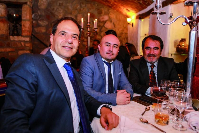 Enrique Castellanos, José Luis García y Francisco García.?