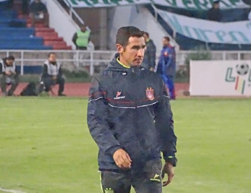 Gois de Lira volvió a dirigir al equipo ante la ausencia de Sanz.
