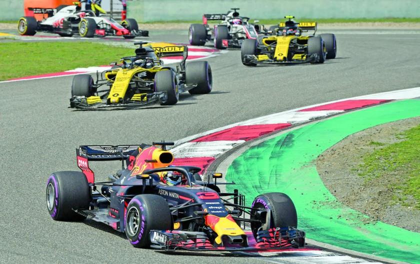 Daniel Ricciardo ganó el GP de China y se puso en la lucha por el título.