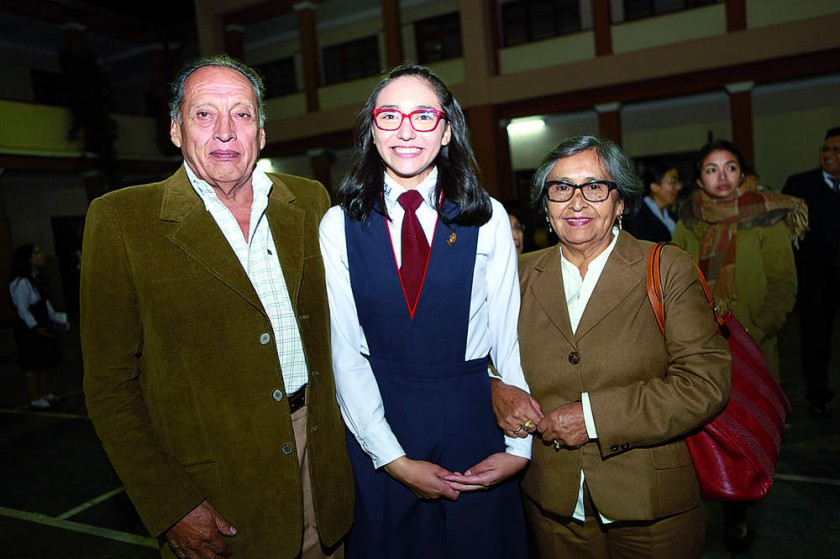 Zarelia Maturano y Mialva Pérez.