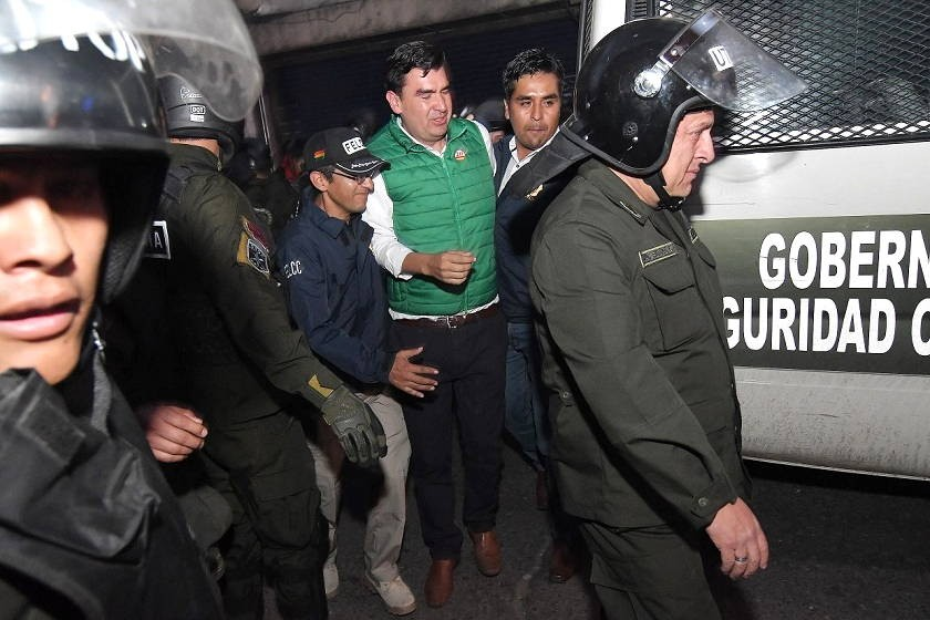 José María Leyes al tiempo de salir de la Fiscalía. Foto: APG