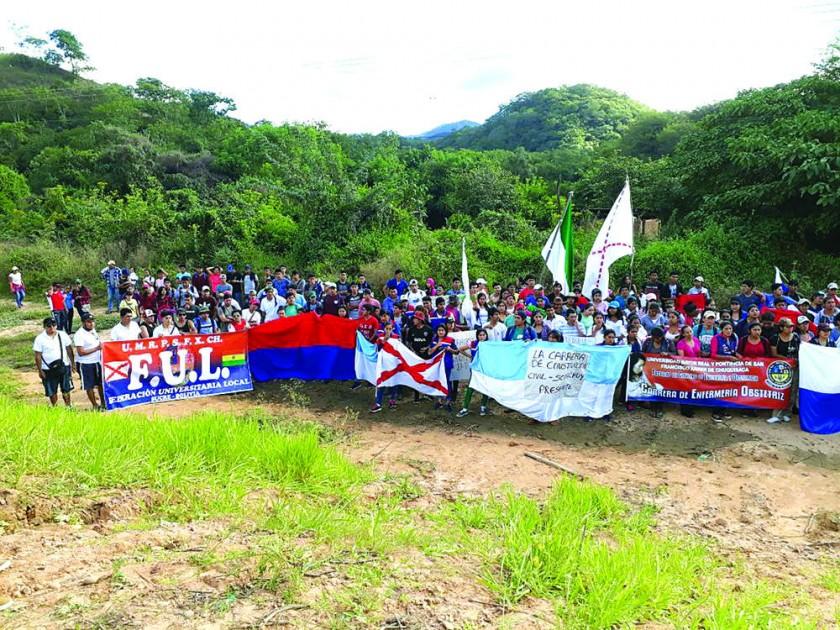 La U sienta soberanía en Incahuasi