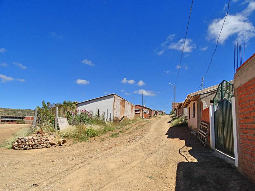 SERVICIOS. Todas las calles de Guadalupe tienen sistema de alcantarillado, pero éstos no están en servicio ante la falta