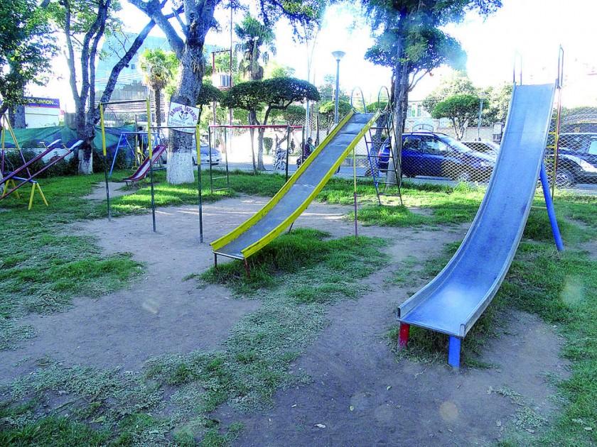 parque infantil Y frontones