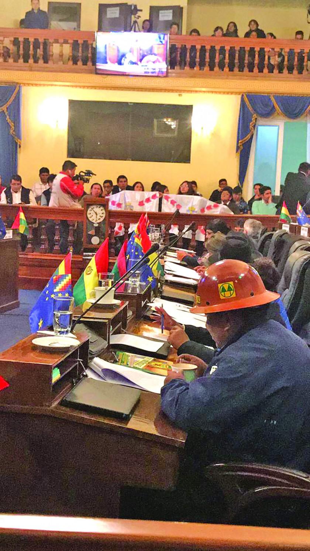 SENADO. De nada sirvió el reclamo de la región para impedir la aprobación del proyecto de ley.