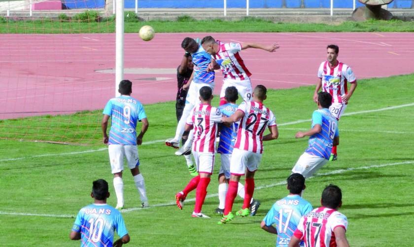 El cuadro rojiblanco se impuso ayer a Nacional Sucre, en el estadio Patria.