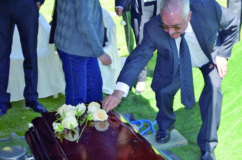 Ayer fue enterrado y despedido Oscar Crespo Maurice, en La Paz.