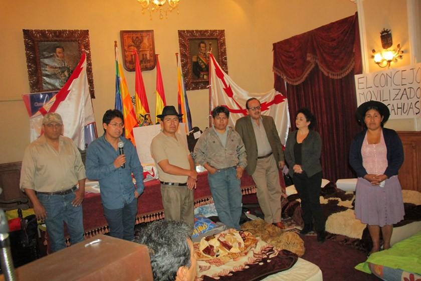 El piquete de huelga de hambre en el Concejo Municipal de Sucre. FOTO: CORREO DEL SUR