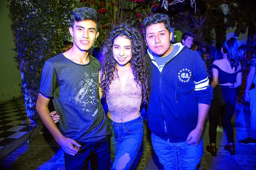 Andrés Poppe, Briseyka Cuellar y Celier Rojas.