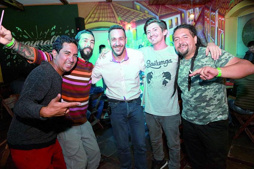 Fernando, Gabriel, Roberto, Francisco e Iván.