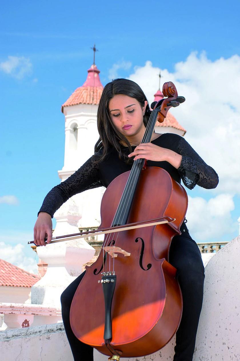 Emily Ibarra C, Orquesta Musikal  Sucre.