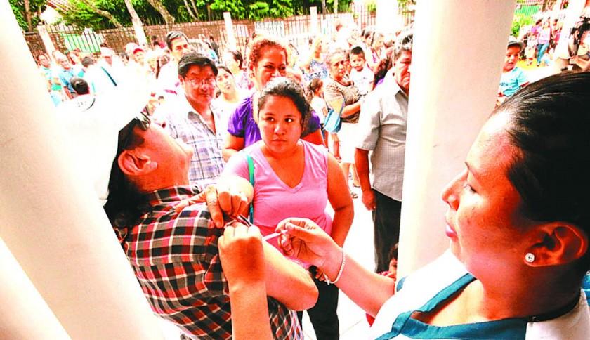 Declaran alerta sanitaria nacional por alza de casos de la influenza