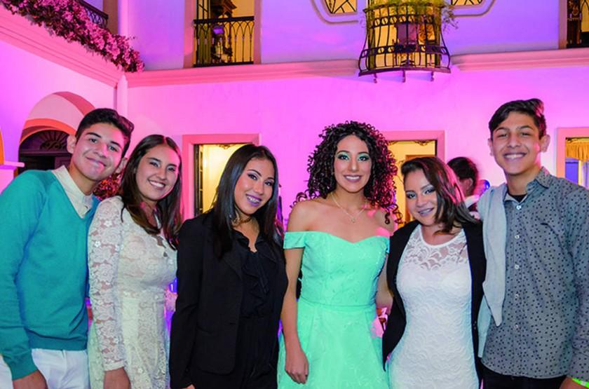 José Arce, Ariane Melgarejo, Fernanda Heredia, Sofía Álvarez, Sofía Buzolic y Mateo Manzoni.