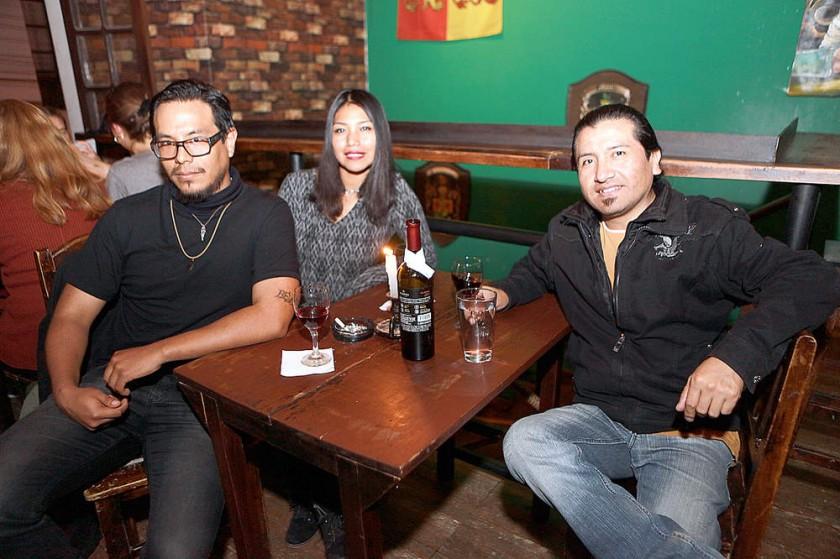Rodrigo Espíndola, Kimberly Zeballos y Ariel Aucapiña.
