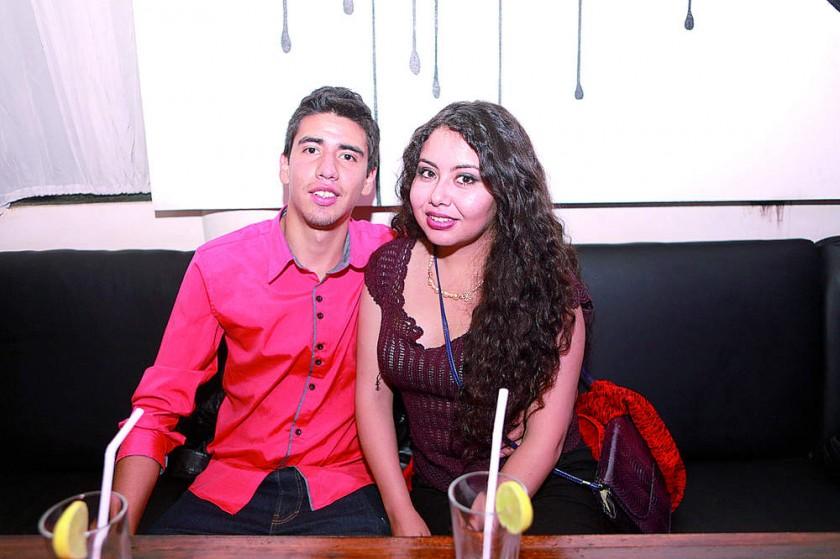 Fabricio Flores y Jhoselyn Herrera.